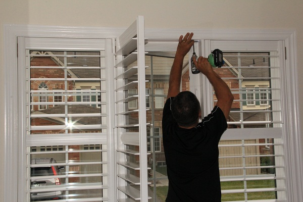 california_shutters_toronto_installation_example
