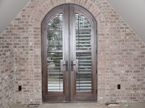 custom_california_cafe_shutter_doors_for_new_oakville_mansion