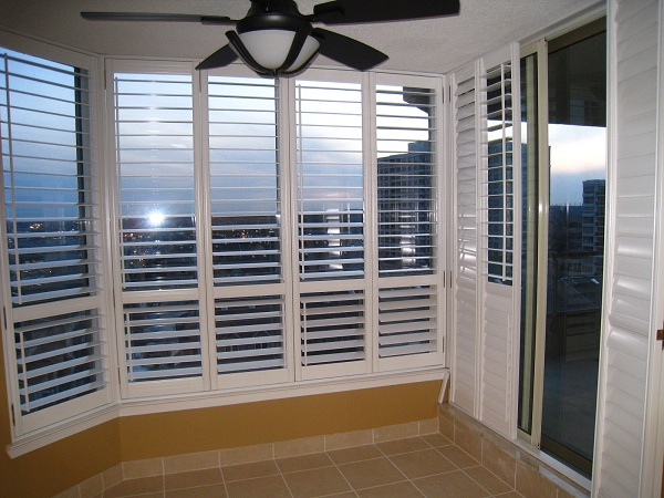 plantation_patio_door_shutters_toronto